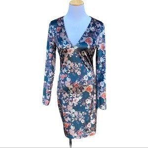 Parisian Shiny Floral Velvet V  Neck Dress 6